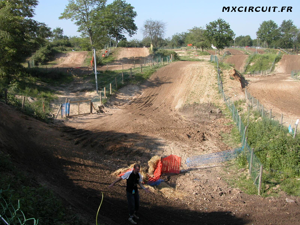 photos du terrain circuit moto cross de donnery mx. Black Bedroom Furniture Sets. Home Design Ideas