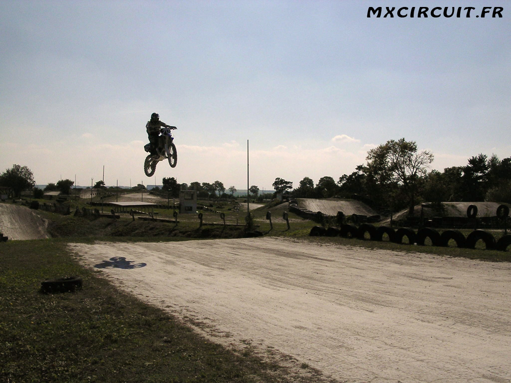 Photo 11 du Circuit Moto Cross de Mailly le Camp