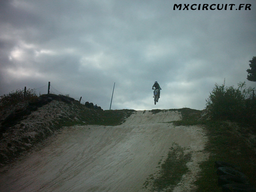 Photo 12 du Circuit Moto Cross de Mailly le Camp