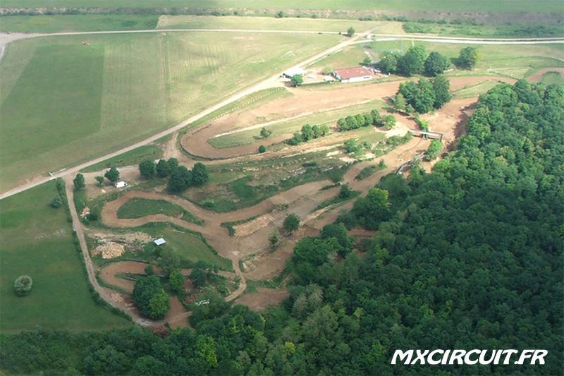 photos du terrain circuit moto cross de sainte marie mx. Black Bedroom Furniture Sets. Home Design Ideas