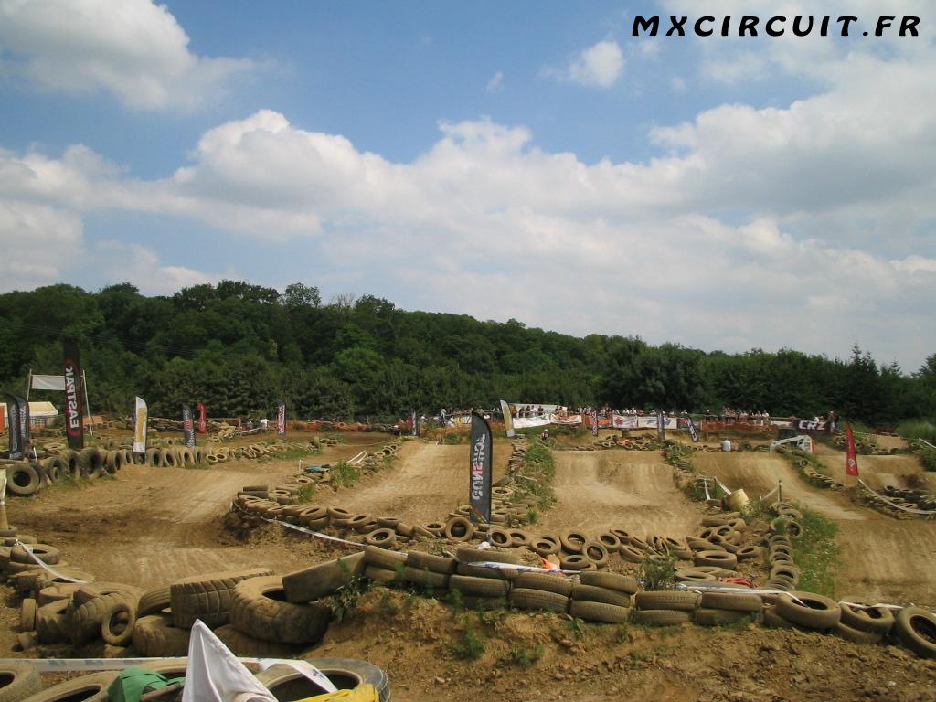 photos du terrain circuit moto cross de vigneux sur seine mx. Black Bedroom Furniture Sets. Home Design Ideas