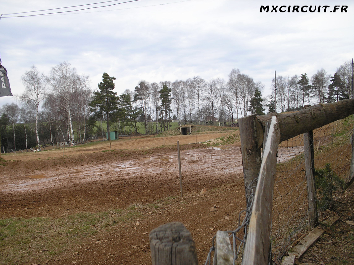 photos du terrain circuit moto cross de st mamet la salvetat mx. Black Bedroom Furniture Sets. Home Design Ideas