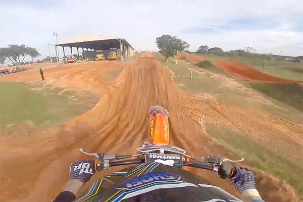 Challen Tennant Motocross Challen Tennant Fond Avec sa