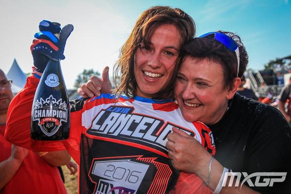 Livia Lancelot est sacr�e championne du monde de Motocross