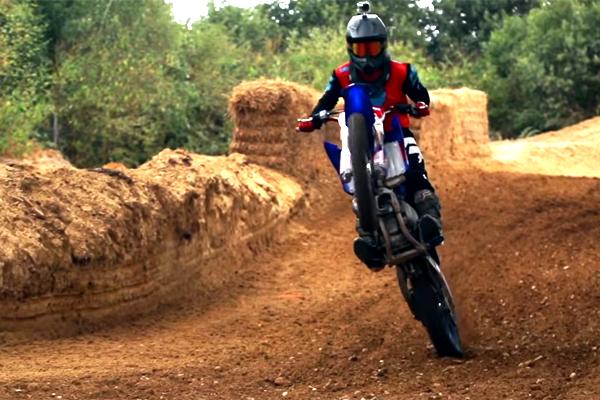 Est-ce que la Yamaha YZ 125 est la meilleure 125cc de tous les temps ?