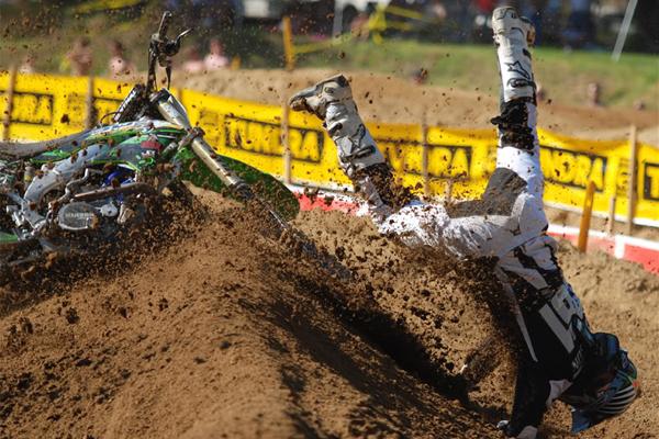 Une mauvaise journée dans la vie d'un pilote de motocross, Volume 26