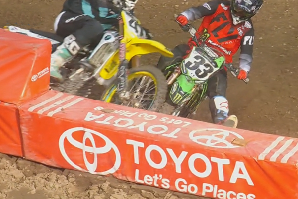 SX AMA, Blockpass Assassin de Grant sur Stewart