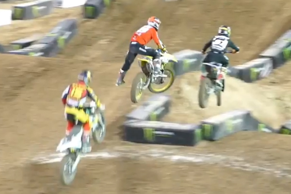 Monster Energy Cup, la terrible chute de Justin Bogle
